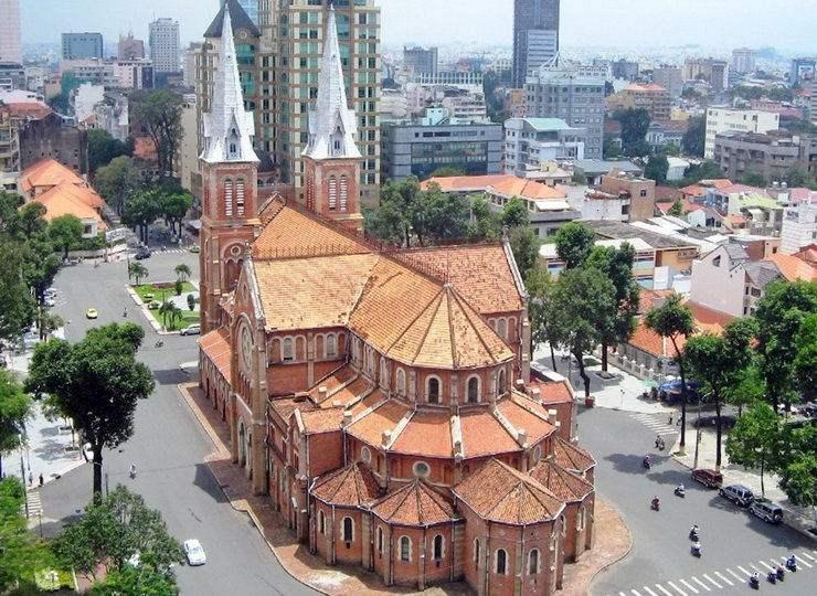 Хошимин, католический собор Нотр-Дам, Вьетнам