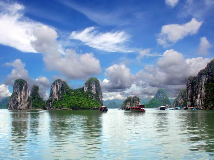 Залив Халонг, Ханой, Вьетнам