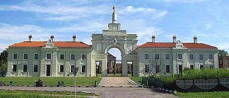 Ружанский замок. Центральная брама