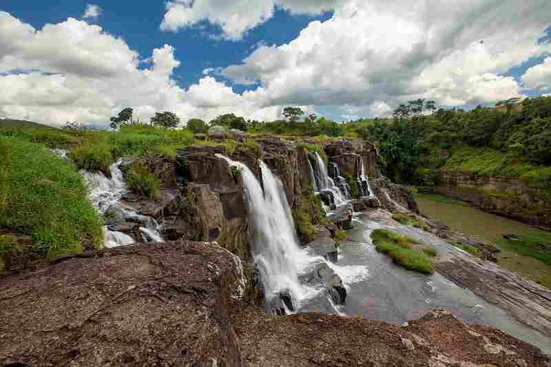 водопад Понгур далат