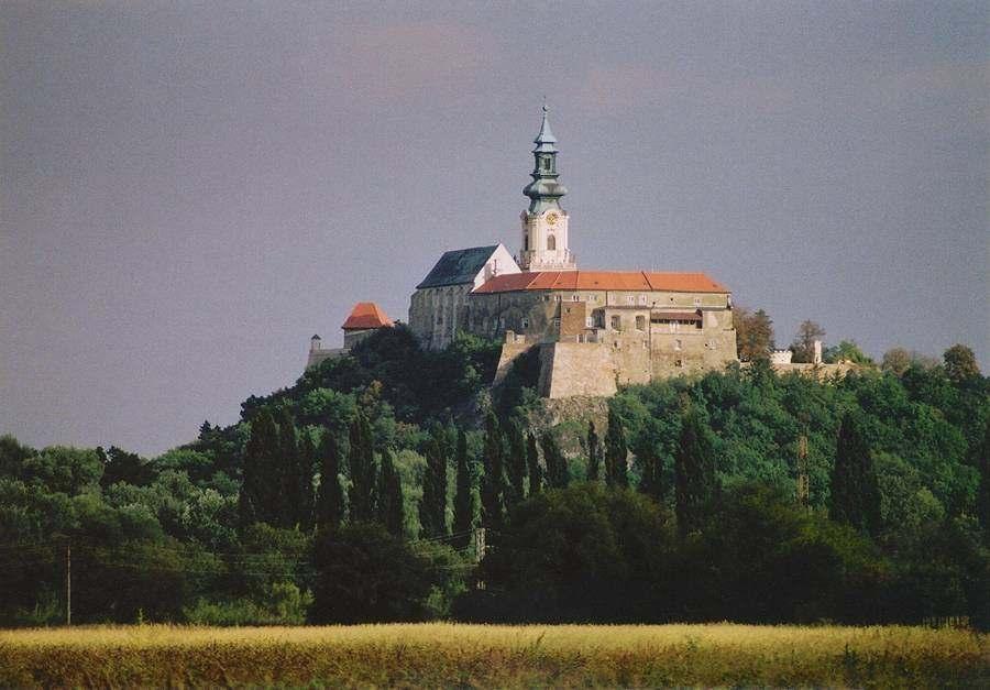 Нитраснский замок, Словакия