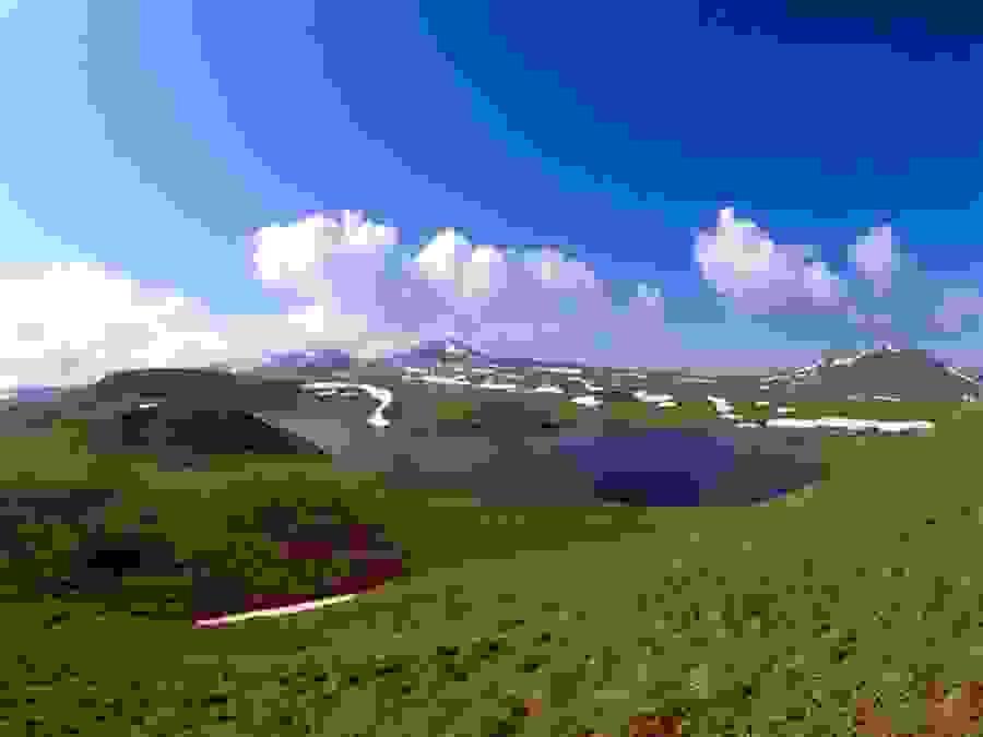 Горные долины Армении фотография