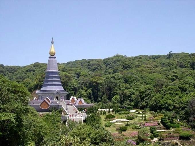 the queen pagoda, chiang mai
