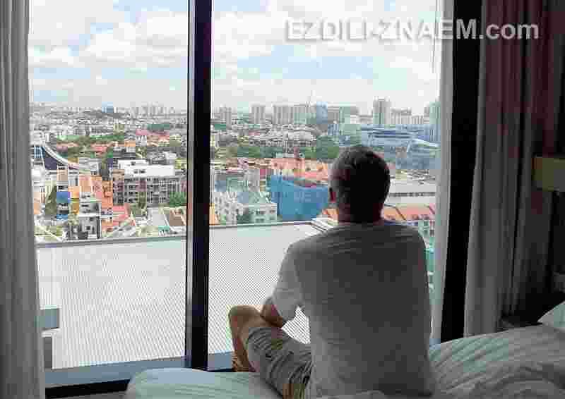 "вид из окна отеля ""Holiday Inn Express Katong"", Сингапур"
