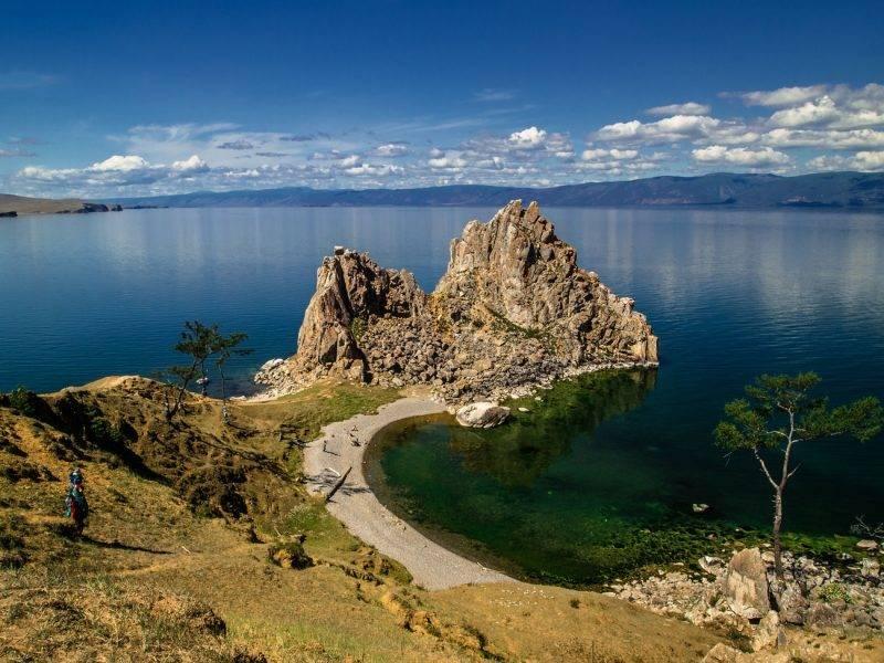 Байкал, остров Ольхон, мыс Бурхан, скала Шаманка