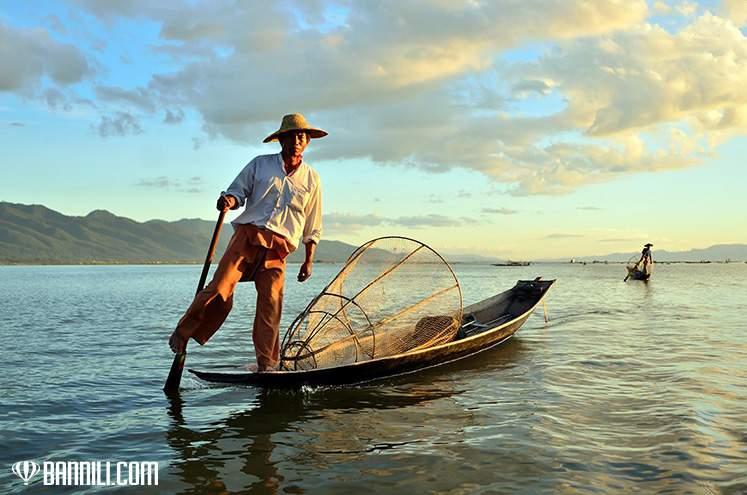 Рыбак на озере Инле, Мьянма