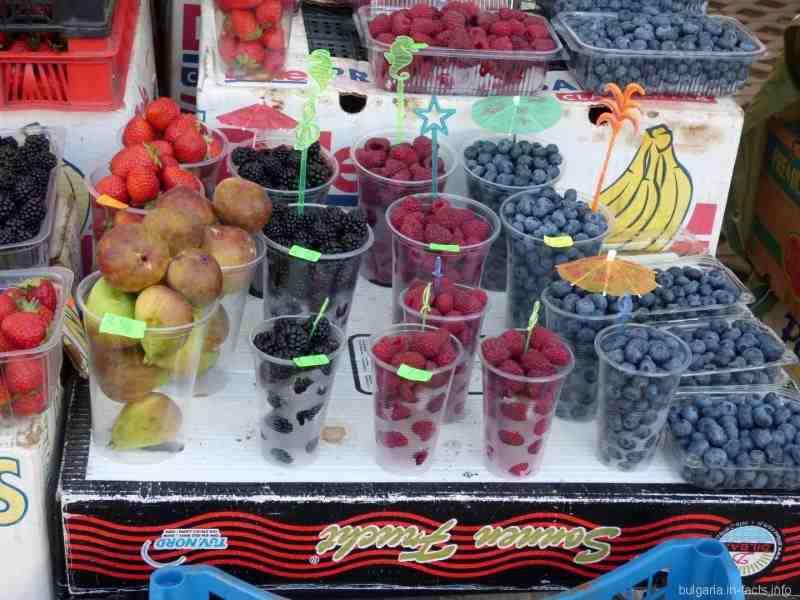 Ароматные фрукты в Помории