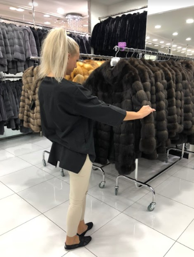 шубы Dubai Furs