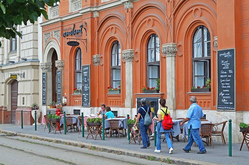 Где вкусно поесть в Будапеште: Andante WineBar на набережной
