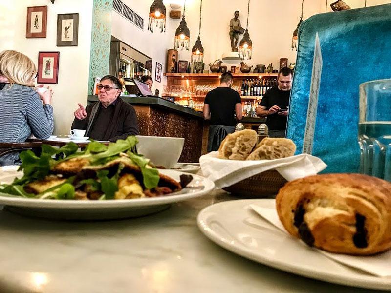 Лучшие рестораны Будапешта: Ket Szerecsen