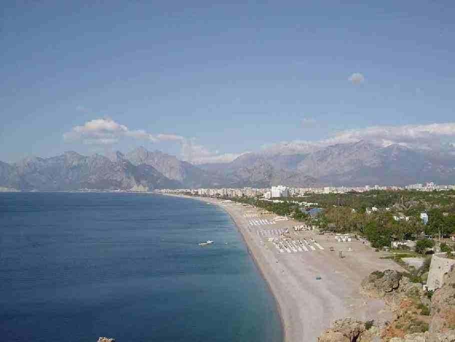 Лучшие пляжи Турции - Пляж Лара (Анталия)