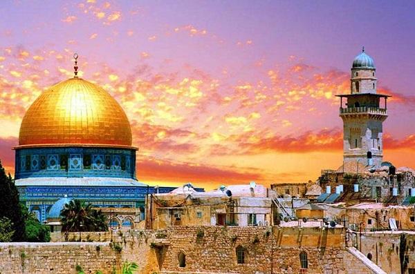 чем заняться в отпуске в Израиле в это время?
