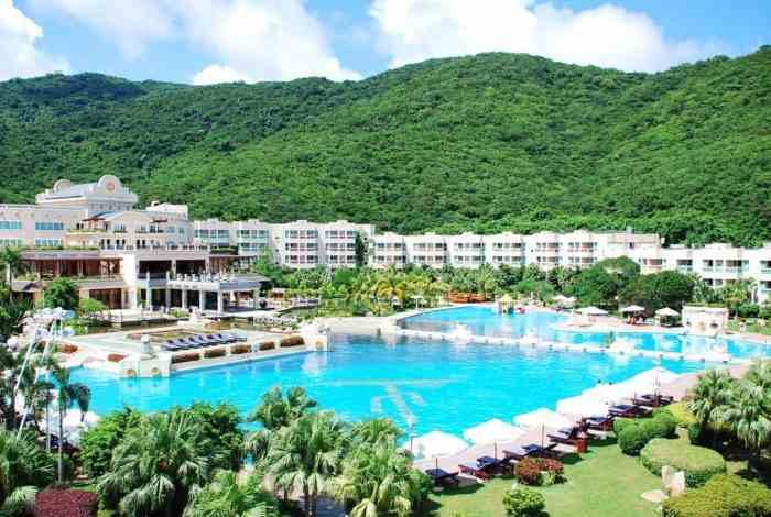 Отель Cactus Resort Sanya 4 в Хайнань
